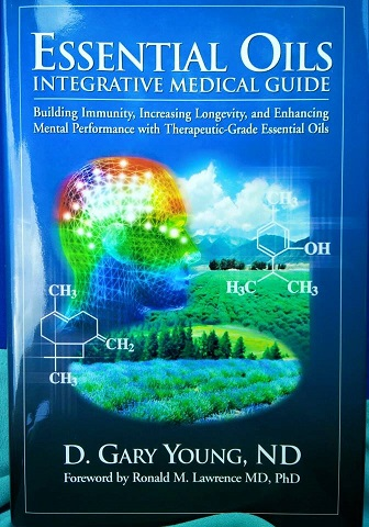 YL Book: Essential Oils Integrative Medical Guide